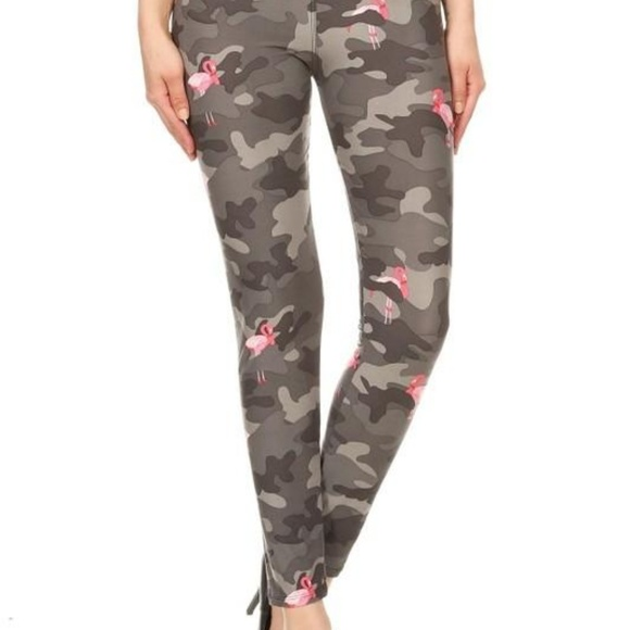 1aa8c46f357d0 Flamingo Camo yoga band legging Boutique